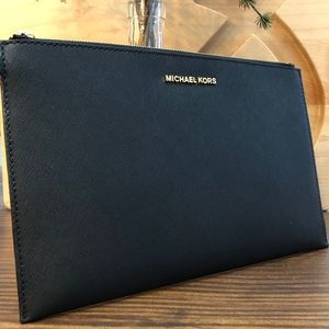 Michael Kors X-Large Clutch! Black! Never used!